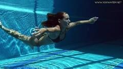 Sexy Tiffany Tatum shows hot ass underwater Thumb