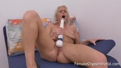 Naughty Kathy Anderson Bates and Cums with Hitachi Thumb