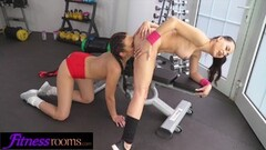 Fitness Rooms Face sitting pussy eating young Czech hole Thumb