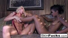Kinky lesbian Dr. Who anal with Leya Thumb