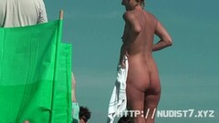 Sexy nudist beach hidden cam chicks Thumb