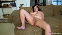 Sexy Chubby American mature lady Niki Thumb