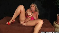 Jaw breaking skills of Lacey and Pamela to fucking die for Thumb