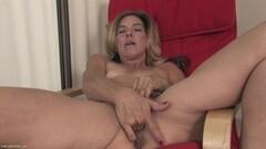 Carmella Bing - Big Butt Dive Thumb