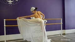 Cute Irina Brovkina Shows Her Gymnastic Talents Thumb
