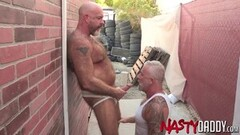 Extreme shocking outdoors foursome Thumb