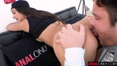 Big tittied MILF loves the taste of cum Thumb