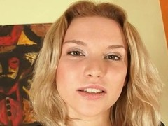 perfect blondie making solo masturbation Thumb