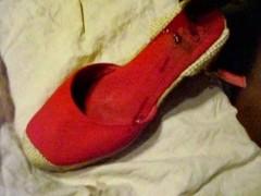 Sborrando nelle scarpe di Anna Thumb