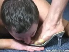 Mistress demands her foot licker slave to clean her toes Thumb