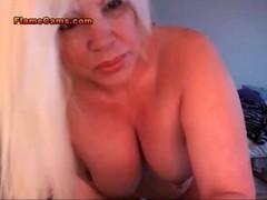 Chubby Big Tit MILF Thumb