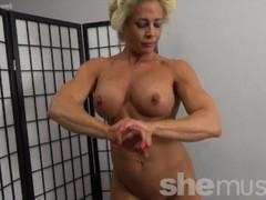 Naked Female Bodybuilder Pinup Girl Thumb