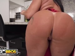 BANGBROS - Monica Santhiago's Brazilian Big Ass Getting The Mandingo Treatment Thumb