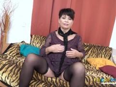 EuropeMaturE Sweet Mom Seductive Striptease Thumb