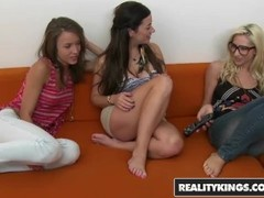 Reality Kings - Pussy and ass licking lesbian threesome - Taylor Vixen & Sammie Rhodes & Malena Morg Thumb