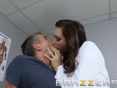 BRAZZERS - Doctor Holly Michaels Fixed My Limp Dick with her hot ass Thumb