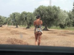 Esibizionista tra gli ulivi - Exhibitionist among the olive trees (outdoor) Thumb