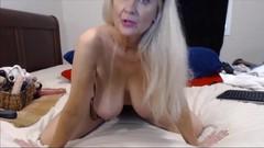 Awesome GILF with big boobs fucks herself in ass Thumb
